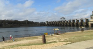 The federal government says it agrees with Florida that a water-sharing allocation could be reached without altering dam operations. Photo by Bruce Ritchie.